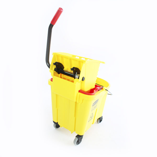 Balde escurridor con ruedas color amarillo rubbermaid barranquilla