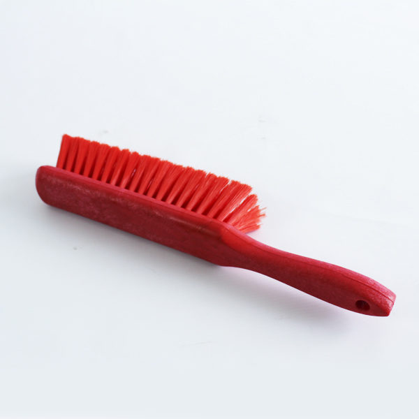 Cepillo rojo limpiador de mesas de trabajo catalogo