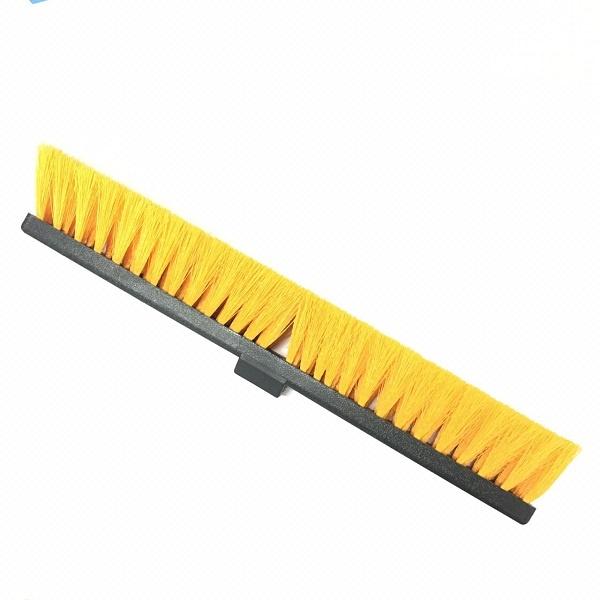 Cepillo calle de 60 centímetros con mango metálico de 1.50 metros precio